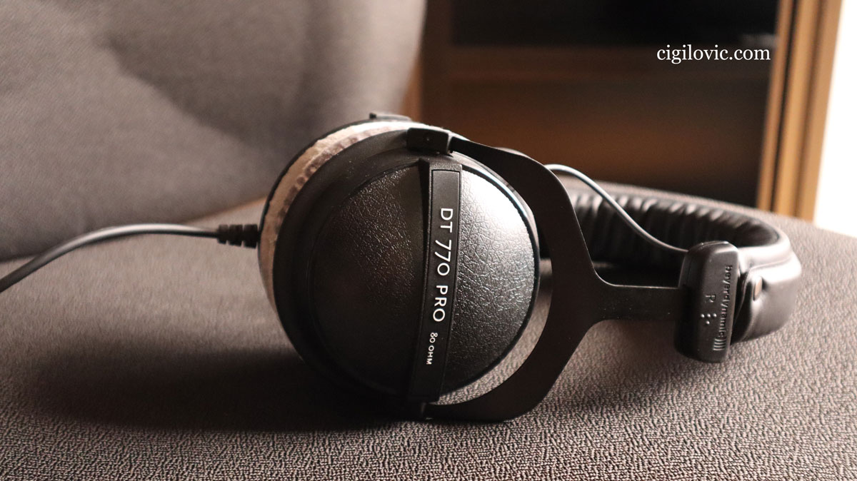 26 Best Selling Headphones Comparison Chart & Buying Guide