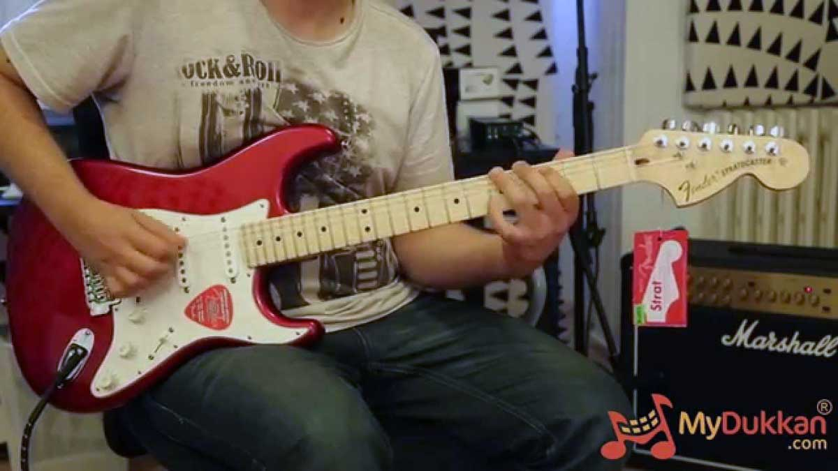 Fender American Special Stratocaster SSS with maple neck full-length review!